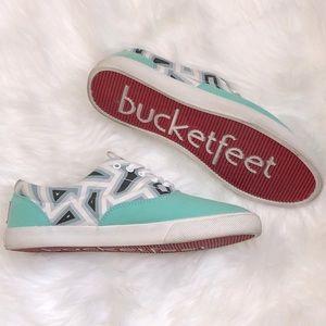 🔥 Bucket Feet Canvas Sneakers